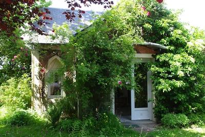 Le cottage en été,
