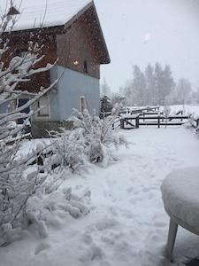 Décembre 2017 .. une petite tempête de neige .. photo prise du séjour