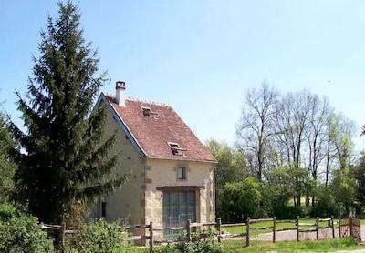 Vielmanay, Nièvre, Frankreich