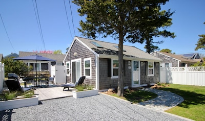 Beachcamp Cottage. 550 sq foot recently updated cottage with a 300 sq ft deck