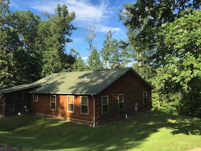 A Cabin in the Woods - Peaceful, Private and Serene