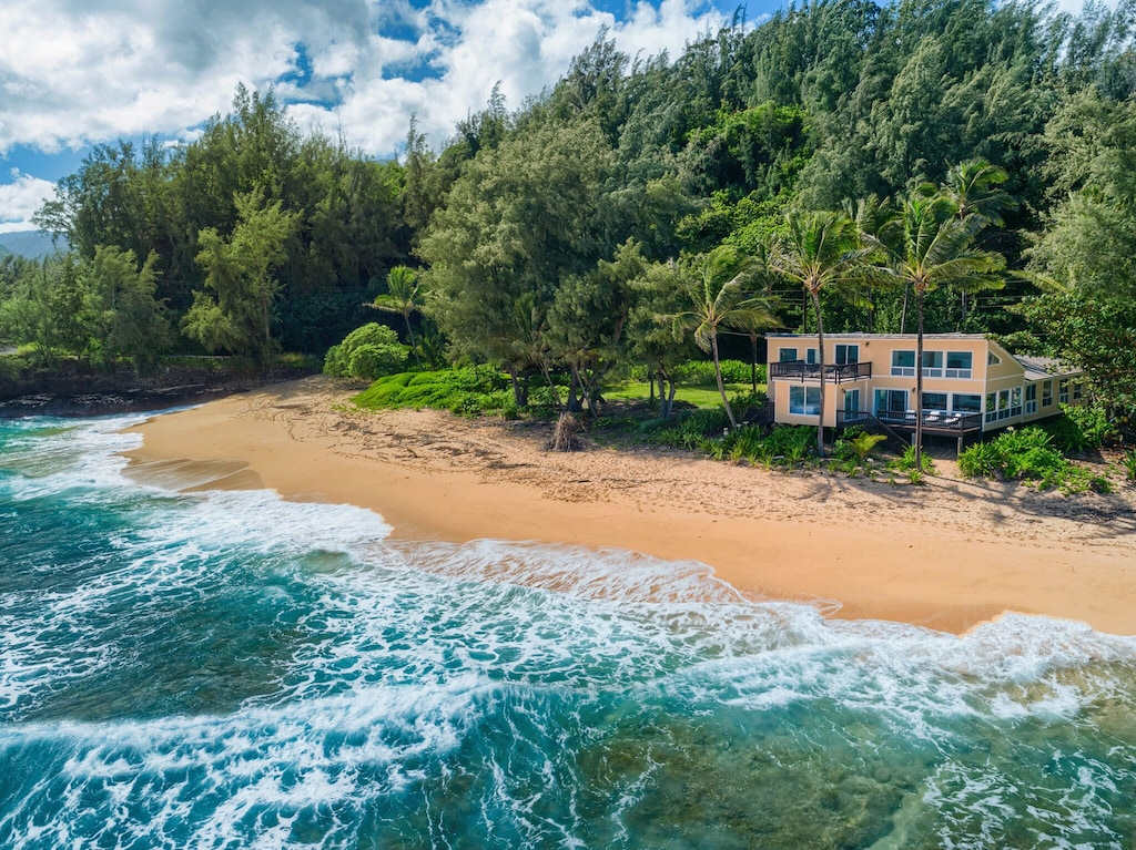 Secluded Kauai Airbnb in a tropical setting with direct beach access