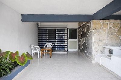 Secure single car garage