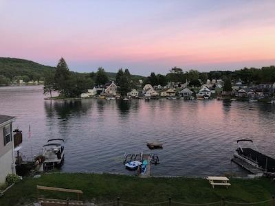 Beautiful sunset at the lake!