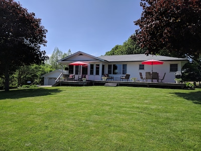 Family-Friendly Lake Erie Rondeau Retreat