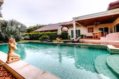 Pommard Private Pool in Rawai 3BR