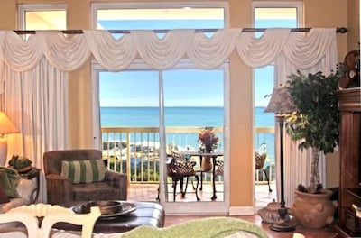 Wonderful views from Living Room.Luxurious vacation rental by owner condo