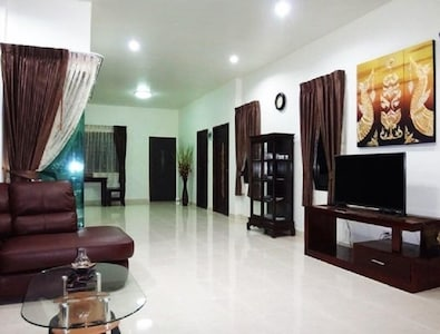 Kannapat House Krabi Villa 2