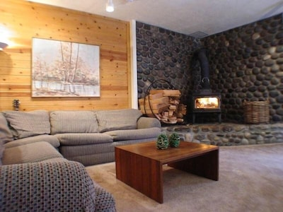 Cozy Living Room with the place for the whole family