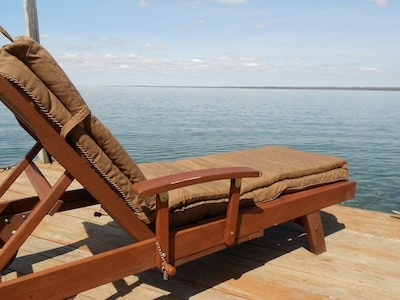 Unwind in our chairs and enjoy the relaxing view of Seneca Lake.