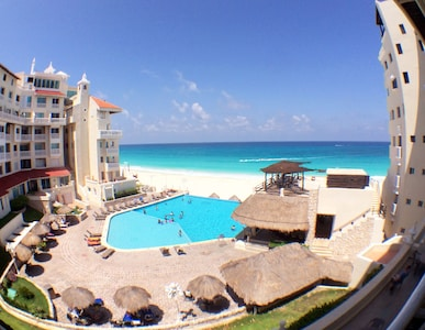 Cancun Beachfront Suite