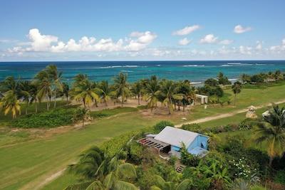Plus près de la plage en Guadeloupe, ça s'applle un bateau...