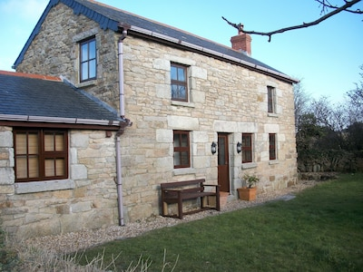 Holiday Cottage In Praa Sands With Golf Nearby