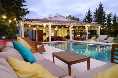 Villa with Private Infinity Pool, with 360 degree Sea and Mountain Views