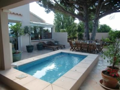 Grande terrasse avec bassin/jaccuzi Very large terrace with pool/jacuzzi