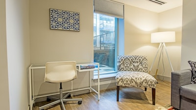 High End Suite In Boutique Hotel 2 Bedroom 1 Bathroom Downtown Halifax