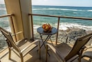 Coffee  on the lanai anyone? Watch for whales.