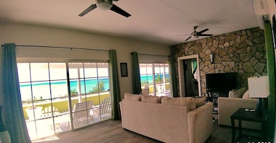 Huge living room with spectacular views of the Caribbean Sea