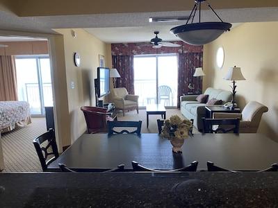 Livingroom with oceanfront balcony