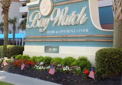 Welcome to Bay Watch Resort and Conference Center