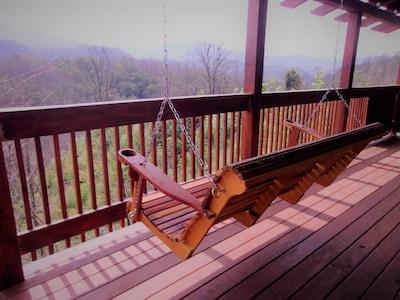 5 Foot Cedar Swing