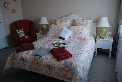 Stunning ensuite room which includes a fully cooked breakfast