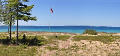 Gorgeous views of Lake Michigan and Manitou Islands