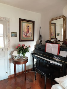 Piano. Sortie vers jardin