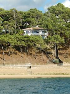 Vue de la maison depuis la mer