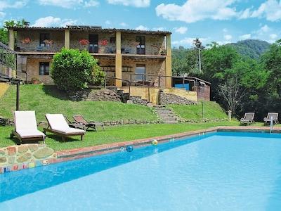 """Rustico """"Le Altane"""", casa di campagna con piscina, Jacuzzi e vista mozzafiato"""