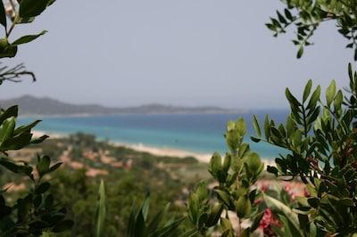 Villetta con giardino:vacanze tranquille in un mare da sogno a meno 400 mt/mare