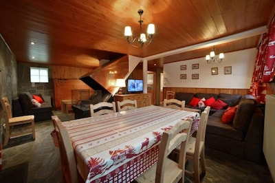 Appartement familial 8 personnes Courchevel 1850
