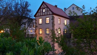 Residieren Sie im historischen Wehrturm aus dem 14./15. Jahrhundert