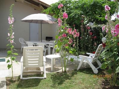 maison tout confort renovée dans zone residentielle calme