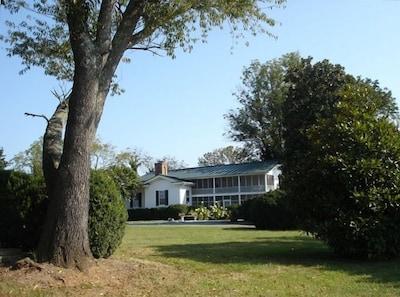 Wolftrap Farm Manor House