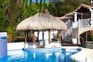 Private Ocean View Tiki Swim-Up Bar