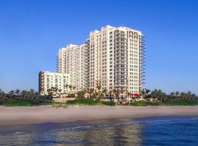 Palm Beach Singer Island Resort & Spa - 2/2 Oceanview Suite - Daily Housekeeping