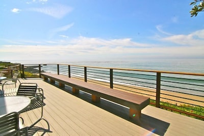 Beautiful Spacious Deck with plenty of seating