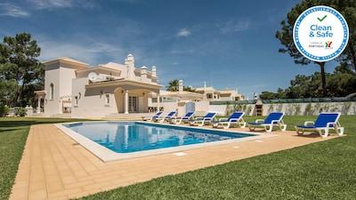Beautiful V8 Golf villa in Vilamoura