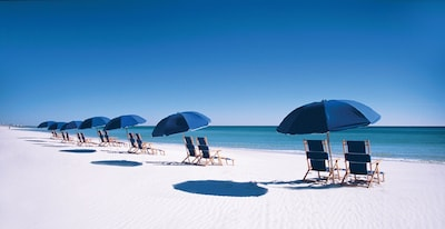 Complimentary daily beach service on our private Crystal Beach (Mar 1 - Oct 31)