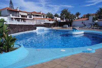 Centrica Villa with pool and wifi