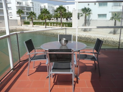 Terrace overlooking lake, great for 'al fresco' dining