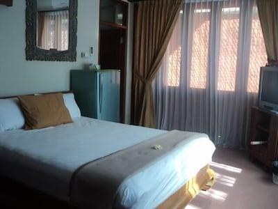 8 Bedroom House in Denpasar, Bali