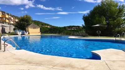 Modern villa with stunning views to sea & mountains  REG NO: VFT/MA/27296