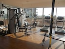 Fully kitted Gym.....with Sea View !!