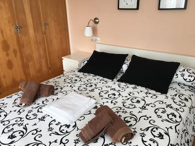 Dormitorio principal. Cama 160x200