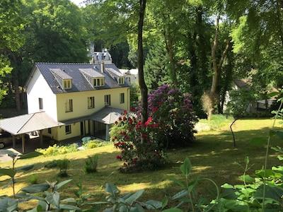 Maison vue côté jardin