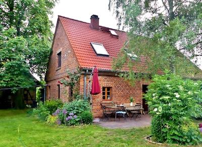 Gemütliches  Ferienhaus mit Sauna am Naturschutzgebiet in idyllischer Ruhe