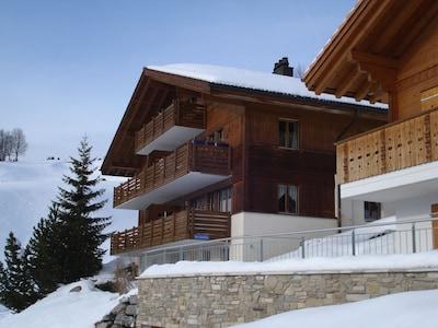 Haus, Wohnung erster Stock rechts