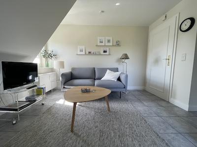 Schickes neues Sofa